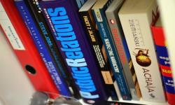 7 Tác Phẩm Văn Học Nước Ngoài Hay Khiến Bạn Đọc Mê Mẫn Quên Ăn Quên Ngủ