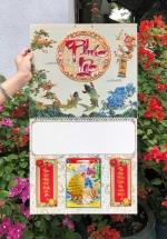 Bộ Bìa Treo Lịch Lò Xo Giữa Bế Nổi Chữ Phúc Lộc (37x68cm) Gắn Bloc Lịch (14.5x20.5 cm) 2020 - NS100 (Đã Bao Gồm Bloc)