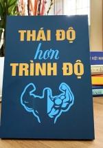 Tranh Để Bàn Thái Độ Hơn Trình Độ